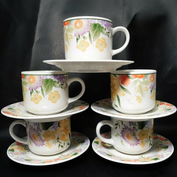 Allied Design Stoneware Daffodil Cups & Saucers